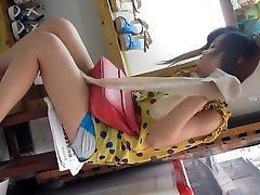 Chinese lady upskirt part 2