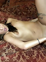 Naughty amateur Autumn Skyes gives her man a memorable deep throat and got her moist pussy banged
