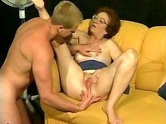 Retro grandma gets hot dicking from muscled fellow