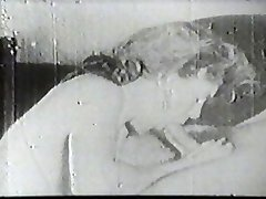 Hot mega-slut sucking vintage cock