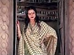bollywood actress rekha tells how to make fuck-fest