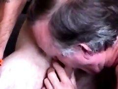 Mature redneck bear blows buddy