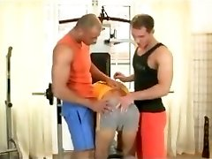 Eric Richter - Bodybuilders pulverize lad bareback in gym