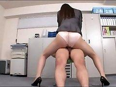 Office dame enjoying your penis