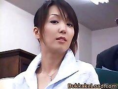 Sexy echten asiatischen Shiho bekommen jizz part3