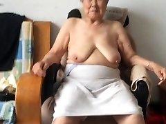Asian 80+ baka nakon kupanja