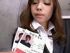 Office teenie Aiko Hirose trim pussy creamed