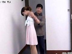 Kinesisk jente i bondage