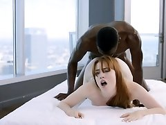 BLACKED Red-haired Gwen Stark enjoys her first Black Manmeat!