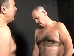 Luiggi and Mysteri man pound