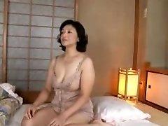 Mature skank gets boned in Asian adult porn flick