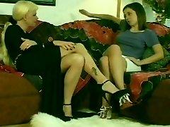 Super-steamy Blondie Shemale & Hot Teen Brunette Girl