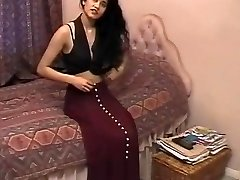 British Indian Gal Shabana Kausar Retro Porn