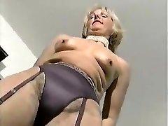 MATURE ELEGANT WOMAN 2