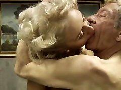 Italian classic pornography .Bastardi 1.