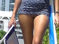 Voyeurchamp.com Playa Nudista De Las Burlas De Las Esposas! Voyeur Se Masturba!