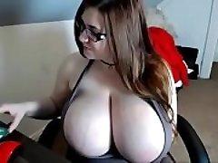 xv74-Tit-fuck (5)