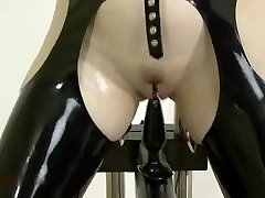 S&M Latex - Anal Instructing