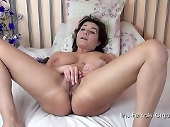 The Female Orgasm: Sophia Heads Slowly