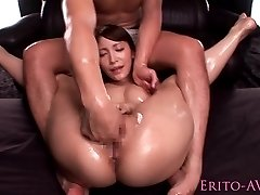 Asian AV star Kokomi Sakura squirting closeup