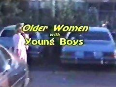 Mulheres mais velhas com o Young Boys-Completa part1