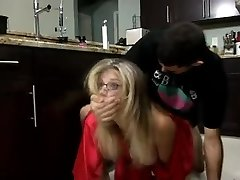 Stepmom & Son Affair 62 (Unexpected Breakfast)