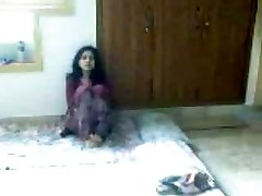 Sumptuous desi woman making love with her boyfriend on covert cam