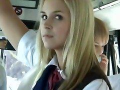autobuz plin cu blonde fete școală 3