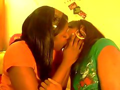 The Fems Kissing So Gay