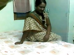 Pretty Indian Aunty Fucked by Older Guy on Hidden Cam