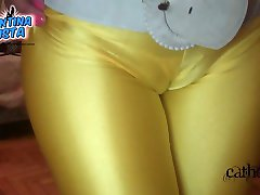 Round Ass in Yellow Lycras - Huge Cameltoe - Deep Pussy