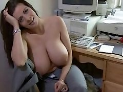 Sexy big titted woman