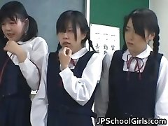 Asian schoolgirls in the classroom are part2
