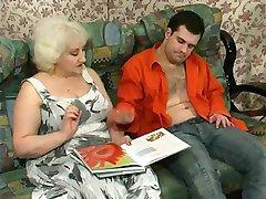Keistą Šviesūs Granny Vilioja Gaidys