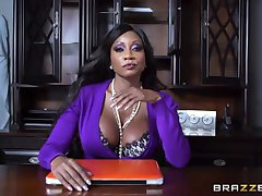 Brazzers - Diamond Jackson fucks a lil white boy