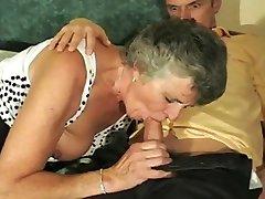 Hawt Oma geschraubt auf osmanischen