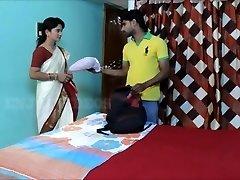 Akeli Pyasi Jawan Бхабхи Desi XXX бхабхи Urdu zmienia historię Bollywood 2