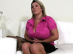 Huge boobs amateur fucking in casting on couch
