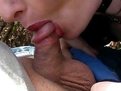 Fetish Gothic Lady sucks little penis