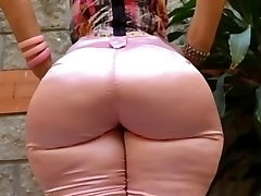 Milf Mature in tight jeans big ass butt mom phat caboose