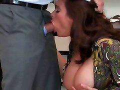 Boss & Een Secretaris moeder
