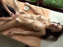 तीव्र संभोग सुख जी-स्पॉट की मालिश