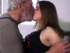 Very sweet 18 curly teenie bliss oldman in 69