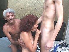 Latina De La Abuelita R20