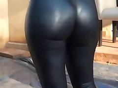 Hot ass und leggings