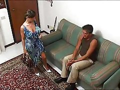 Italian busty HOUSEWIFE in a hot threesome... F70
