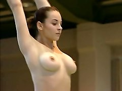 Nudo Ginnasta Corina Ungureanu FULL VIDEO