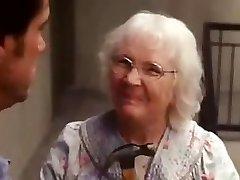 Да человек старой леди сцены