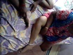 Južni Indijski Mature TAMIL Pari SEX TAPE-II