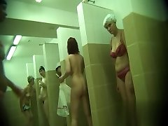 Hidden cameras in public pool showers 510